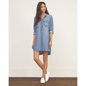 Abercrombie & Fitch Chambray Button Up Denim Dress